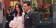 Murat Yıldırım ve Imane Elbani evlendi : Cumhurbaşkanı Erdoğanın Murat Yıldırım için Facetime ile ailesinden istediği Imane Ebadi bugün evleniyor. Çiftin kınasından özel görüntüler sosyal medyada yayıldı. Kasım ayında Cumhurbaşkanı Recep Tayyip Erdoğan ünlü oyuncu Murat Yıldırım için Facetime ile kız istemiş kısa süre sonra...  http://www.haberdex.com/magazin/Murat-Yildirim-ve-Imane-Elbani-evlendi/140527?kaynak=feed #Magazin   #Murat #Yıldırım #Facetime #Erdoğan #Cumhurbaşkanı