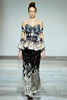 Mary Katrantzou | Fall 2012 Ready-to-Wear Collection | Style.com