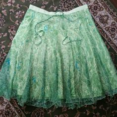 100% Silk Skirt Absolutely gorgeous 100% silk skirt, vibrant colors. Measures at the knee WD NY Skirts