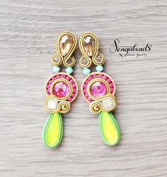 Soutache earrings with flower patterned glass by Sengabeads