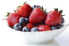 Blueberries and Strawberries May Ward Off Mental Decline