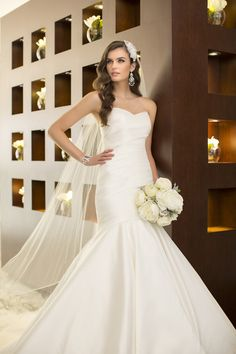#D1636 wedding gown from @sharon murphy Essense of Australia  I  http://www.weddingwire.com/wedding-photos/dresses/essense-of-australia/i/5f3c5df9293fcbde-ac6f3fd26fb63672/bf5a73887d4d2dea