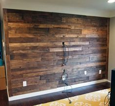 reclaimed pallet projects | DIY Recycled Pallet Wall | 99 Pallets