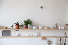 double shelves  ledansla