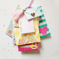 Diy Crafts For Girls, Cute Crafts, Crafts To Do, Paper Crafts, Creative Birthday Cards, Diy Birthday, Mini Albums Scrap, Mini Scrapbook Albums, Mini Album Tutorial