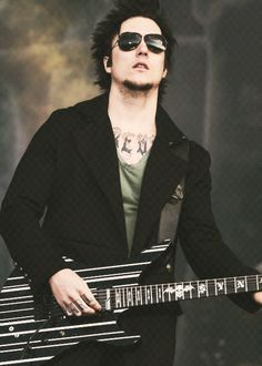 Happy 32nd birthday Syn!!