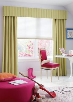 A fresh youthful approach for a young girls bedroom, windows that look great and also offer superior energy efficiency. Duette® Architella® Honeycomb Shades with Design Studio™ valance and fabric by the yard ♦ Hunter Douglas Window Treatments