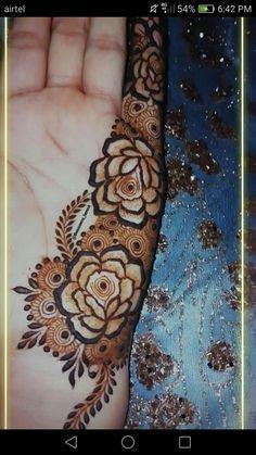 Henna Flower Designs, Modern Henna Designs, Wedding Henna Designs, Finger Henna Designs, Mehndi Designs For Girls, Stylish Mehndi Designs, Mehndi Designs For Fingers, Latest Mehndi Designs, Henna Tattoo Designs