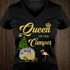 Camping Humor, Camping Glamping, Camping Sayings, Build A Camper, Camper Signs, Camping Parties, Camper Life, T Shirts With Sayings, Happy Campers