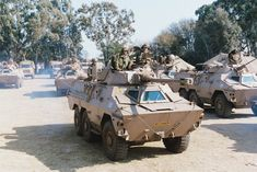 These are some of the war machines used in the conflict between the South African Defence Force and Angola, Cuba, and Umkhonto we Sizwe. Army Vehicles, Armored Vehicles, South African Air Force, World Tanks, Army Day, Tank Armor, Military Armor, Defence Force, Armored Fighting Vehicle