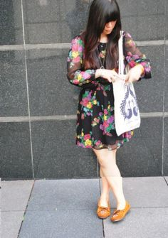 Minnetonka Moccasins, Topshop Floral Bareback Dress, Swapped Tote Bag