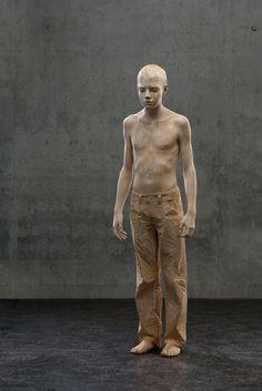 hyperrealistic wood sculpture. In wood!