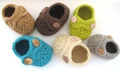 Adorable crocheted shoes by danielle
