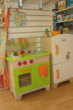 Hape Kitchen.... want to make my own similar to this.