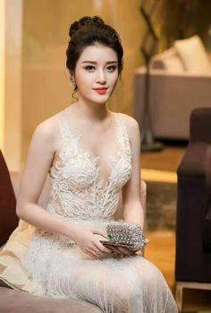 Beautiful Girl Photo, Beautiful Girl Indian, Most Beautiful Indian Actress, Cute Beauty, Beauty Full Girl, Beauty Women, Korean Beauty Girls, Asian Beauty, Indian Beauty Saree
