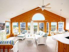 Waves Crest, 4 bedroom Semi-Ocean Front home in Waves, OBX, NC