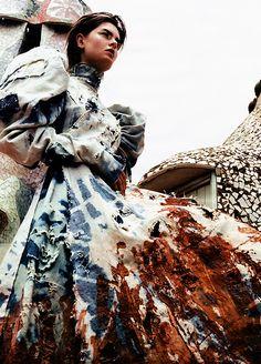 Harper's Bazaar, October 2000Photographer: Craig McDeanModel: Anouck LepèreAlexander McQueen, Fall 2000