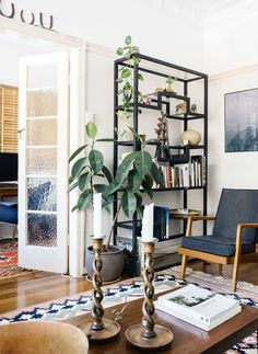 See Why Reddit Is Freaking Out Over This Apartment   it's not exactly my cup of tea. its very neutral, but pretty. anyway, i'm in love with that shelf.