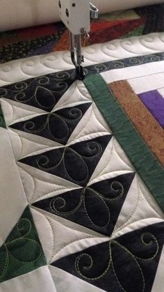 Nice idea for quilting flying geese. More: