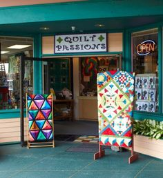 Quilt Passions, located in Kailua-Kona, Hawaii, draws locals and tourists alike.