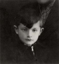 Deported to Auschwitz on 1942 at age 7 Evil World, World War I, Lest We Forget, Losing A Child, Child Face, Anne Frank, 7 Year Olds, Judaism, Childhood