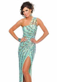 I love this dress.. it was my prom dress
