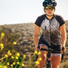 Where will your ride take you today? #bikelove #roamifyouwantto #triathlon #argon18 #femmefatale #girlsthatride