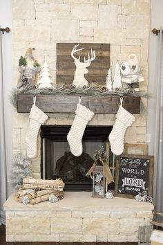 White Christmas Mantel with Pinecones, Stockings and Greenery - 13 Wintry Christmas Fireplace Decorations to Celebrate The Beauty of The Season Christmas Fireplace, Farmhouse Christmas Decor, Christmas Mantels, Noel Christmas, Country Christmas, Winter Christmas, Vintage Christmas, Simple Christmas, Christmas Bedroom