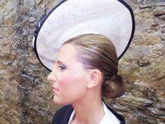 Recogido bajo con tocado.                                     #recogidos #tocados #peinados #estilo #estilismo #pelo #moda #tendencias #bodasasturias #peluqueriagijon #gijon #asturias #hairstyle #bride #wedding #updos #fashion #trends