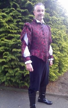 Tudor man costume for hire, Tudor doublet for hire in suffolk. Mens Renaissance Clothing, Renaissance Wedding, Renaissance Costume, Period Costumes, Men's Costumes, Mens Garb, Royal Clothing, Doublet, Clothes Pictures