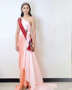 Drape Gowns, Evening Dresses, Formal Dresses, Princess Style, Asian Style, Fashion Shoot, Gossip Girl, Traditional Dresses, Wrap Dress