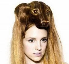 Hahahaha so ridiculous!sorry, dachsund/hair combo was just too weird/amazing/funny. Crazy Hair Days, Bad Hair Day, My Hairstyle, Cool Hairstyles, Hair Updo, Wedding Hairstyles, Corte Y Color, Looks Cool, Hair Art