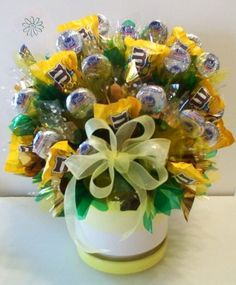 Candy Bouquets - Candy Gifts and Crafts, Candy Bouquets, Centerpieces, Handmade Crafts, Hand Painted Glassware/Bucket - ecomPlanet Web Hosting - the Free hosting solution worldwide Candy Arrangements, Candy Centerpieces, Craft Gifts, Diy Gifts, Candy Boquets, Edible Bouquets, Gift Bouquet, Edible Crafts, Candy Crafts