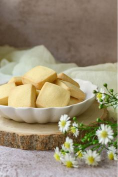 Quick and Easy shortbread biscuits/cookies. So tasty you will ge making them over and over again Coconut Biscuits, Shortbread Biscuits, Biscuit Cookies, Biscuit Recipe, Stork Recipes, My Recipes, Baking Recipes, Cookie Recipes, Favorite Recipes