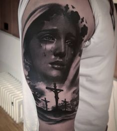 Still miss the white - jesus - Tatoo Ideen Half Sleeve Tattoos For Guys, Full Sleeve Tattoos, Tattoo Sleeve Designs, Angel Tattoo Designs, Christus Tattoo, Holy Tattoos, Pirate Girl Tattoos, Religious Tattoo Sleeves, Mother Mary Tattoos