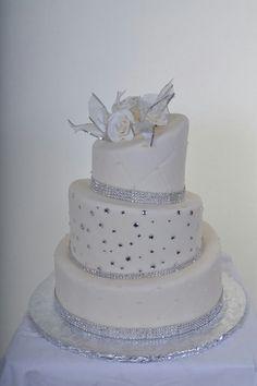 Topsy turvy diamond wedding cake