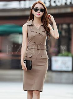 Shop Sexy Notched Belted Double-basted Dress at EZPOPSY. Dressy Attire, Casual Dresses, Fashion Dresses, Maxi Dresses, Formal Tops For Women, Dress Clothes For Women, Older Women Fashion, College Fashion, Coats For Women