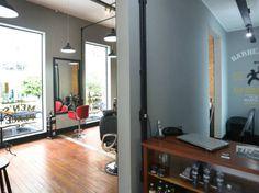 Estar é uma rede de clínicas de estética voltada especialmente ao público masculino. Fundada em 2001, a marca passou a franquear em 2014.
