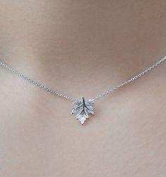 Collier Canada Maple Collier Canada Maple Leaf. Chaîne en argent sterling. Canada Day bijoux / bijoux. Collier de feuilles d