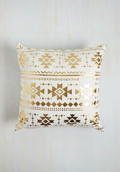Remains to Be Sheen Pillow. Youve never seen decor as fabulous as this metallic pillow and you know at once that it wont be topped! #gold #modcloth