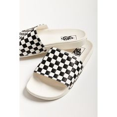Vans Checkerboard Pool Slide ($30) ❤ liked on Polyvore featuring shoes, sandals, vans shoes, vans sandals, vans footwear, checkered shoes and slide sandals