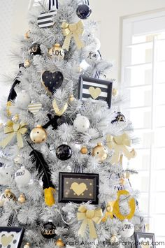Gold, Black and White striped polka dot Modern Holiday Christmas Tree by Kara Allen | KarasPartyIdeas.com for Michaels | Dream Tree Challenge 2014 #MichaelsMakers #TagATree #DreamTreeChallenge (12):