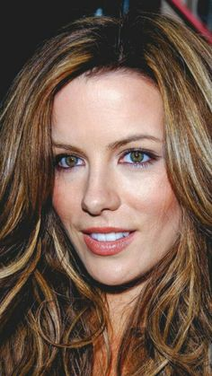 Ideas hair color ideas for brunettes for winter ombre kate beckinsale Brown Hair With Caramel Highlights, Hair Color Highlights, Ombre Hair Color, Brown Hair Colors, Carmel Highlights, Caramel Brown, Kate Beckinsale, Warm Brown Hair, Carmel Hair Color