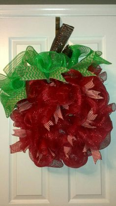 """""""Welcome to Class"""" Apple Wreath $45.00"""