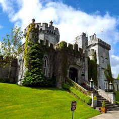 FInd your castle hotel stay, like this one in Ireland. Photo courtesy of thejetsetredhead on Instagram.