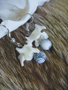 Polecat vertebrae agates earrings by ScavengerNest on Etsy
