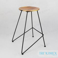 Wrought iron chair for outdoor, patio and garden by Triquimex, a garden furniture factory manufacturer and direct exporter in Vietnam Herman Miller Aeron Chair, Chair Redo, Dining Room Chair Cushions, Wrought Iron Patio Chairs, Comfortable Living Rooms, Furniture Factory, Iron Work, Garden Furniture, Ikea Chairs