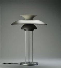 Poul Henningsen. PH5 table lamp. #Danish #Design #lamp