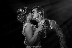 ♥ Nathalia Miranda   Tulle - Acessórios para noivas e festa. Arranjos, Casquetes, Tiara