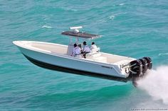 Now this is what you call cutting through the water Airborne/rough water boat pics! - Page 2 - The Hull Truth - Boating and Fishing Forum Cool Boats, Small Boats, Speed Boats, Power Boats, Boat Pics, Center Console Fishing Boats, Offshore Boats, Sport Fishing Boats, Bay Boats